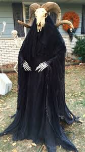 spirit halloween animatronics 269 best things that go bump in the night images on pinterest
