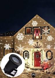 outdoor white snowflakes projection l chicgrace