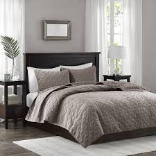 amazonbasics bedding sets with more u2013 ease bedding with style