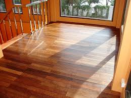 best way to clean laminate wood floors without streaking all