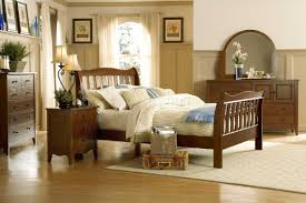 Natural Cherry Bedroom Furniture by Wood Finish Casual 5pc Bedroom Set W Sleigh Bed