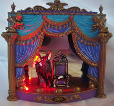 carlton cards the phantom of the opera ornament retired