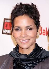 pixie hair cuts on wetset hair halle berry short choppy messy haircut for women hairstyles weekly