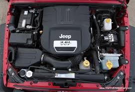 jeep wrangler engine 2012 jeep wrangler rubicon 3 6l pentastar engine picture