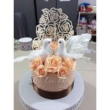 wedding cake medan lie hong liehong cakes instagram photos and