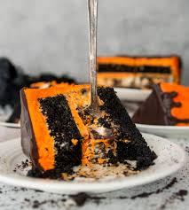 black velvet cookies u0027n cream cheesecake cake the itsy bitsy kitchen