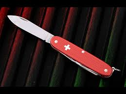 victorinox alox deluxe tinker see all of our swiss army knives