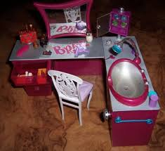 free bratz barbie doll beauty salon furniture dolls u0026 stuffed