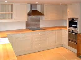 cuisine plan travail bois plan de travail en bois massif pour cuisine et salle de bain