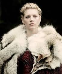lagertha lothbrok clothes to make lagertha katheryn winnick vikings that woman is awesome and