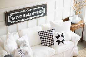 happy halloween sign black and white 15 spooky u0026 adorable halloween crafts refashionably late