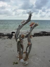 beach christmas tree in mexico travel photo beyonddisneytraveltips