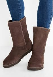 womens ugg adirondack boot sale ugg slippers store ugg ugg adirondack boot boots black
