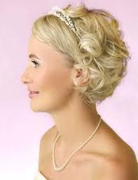 Hochsteckfrisuren Hochzeit Kurze Haare by 25 Best Hochsteckfrisuren Kurze Haare Ideas On Kurze