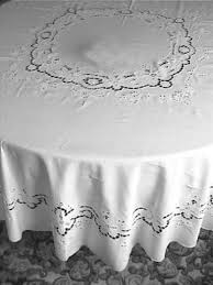 table cloth accent linens