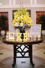 Decoration Tables by Best 25 Wedding Entrance Table Ideas On Pinterest Reception