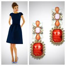 which color jewelry goes with dark blue dresses navy blue