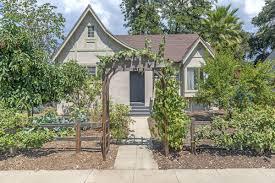 1920s storybook cottage in altadena asks 550k curbed la