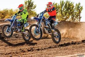 motocross action mag motocross action magazine two vs four shootout yz250 two stroke