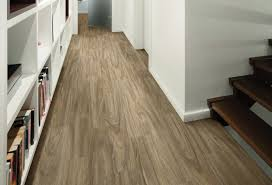 amazing of maple leaf laminate flooring big leaf maple 96 vinyl