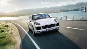 Porsche Cayenne White - 2018 porsche cayenne specs price release date carscool net
