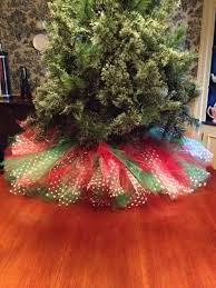 green with white polka dots tree skirt 36