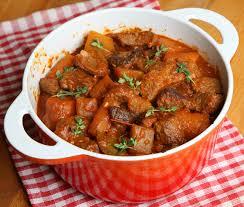 recette de cuisine familiale recette de la semaine spezzatino de bœuf le d idealwine sur