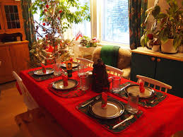 outstanding christmas dinner table decorations ideas with nice red