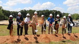 atlanta gas and light atlanta gas light business center breaks ground in dekalb on
