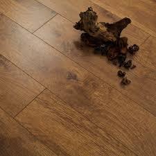 Harvester Oak Laminate Flooring Series Woods 10mm Harvest Oak V Groove Laminate Flooring 13 20
