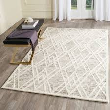 5 X 8 Area Rugs by Rug Cam729r Cambridge Area Rugs By Safavieh