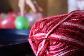 yarn ornaments made easy