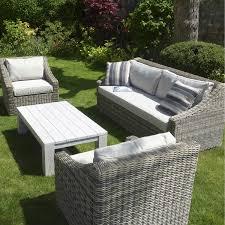 canape de jardin en resine tressee pas cher salon de jardin resine blanc gallery of salon de jardin pliable pas