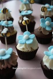 bumble bee cupcakes bumble bee cupcakes