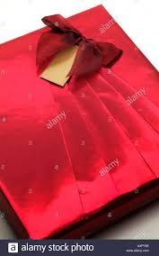 foil gift wrap gift wrap wrapped box metallic foil gold blank card