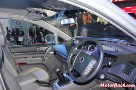 indian car mahindra ssangyong rodius 11 seater mpv pics specs u0026 details