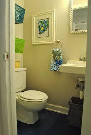 inexpensive bathroom decorating ideas bathroom trendy small bathroom decorating ideas on a budget