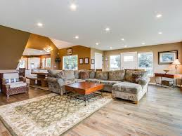 huge luxury homes huge luxury home w game room gourmet kitchen space for 16