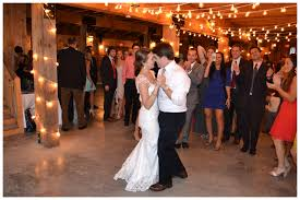 Hudson Valley Barn Wedding Gallery Jimmy Lutz Hudson Valley Wedding Dj Acoustic Guitarist