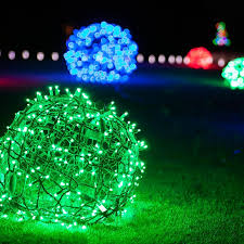 Make Your Own Outdoor Lighted Christmas Decorations outdoor christmas decorating ideas