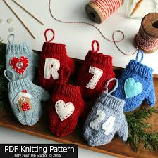 knitting pattern mitten ornament knit