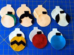a little gray charlie brown christmas ornaments tutorial