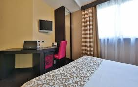 code rome femme de chambre best cinemusic hotel hôtel rome best