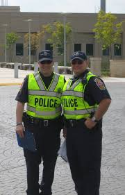 images of police officers consider becoming an auxiliary police