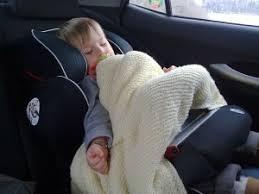 position siege auto passage au siège auto à la route baby steps baby planner