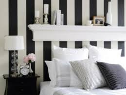 black and white wallpaper room 8487