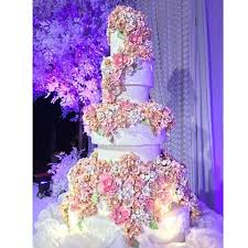 wedding cake surabaya femy s cake femyscake instagram photos and