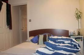chambre à louer londres a louer appartement 1 chambre situe à 2b enfield road tw8 londres 1000