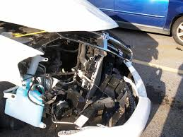 crashed white jeep 2008 dodge avenger in wreck seats head pick up estimate