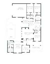 small courtyard house plans small house plans florida style house plan small lot florida house